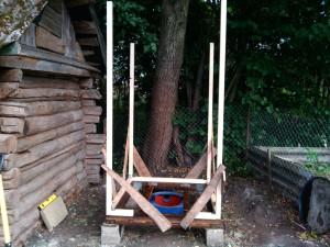 Нижняя обвязка и столбы